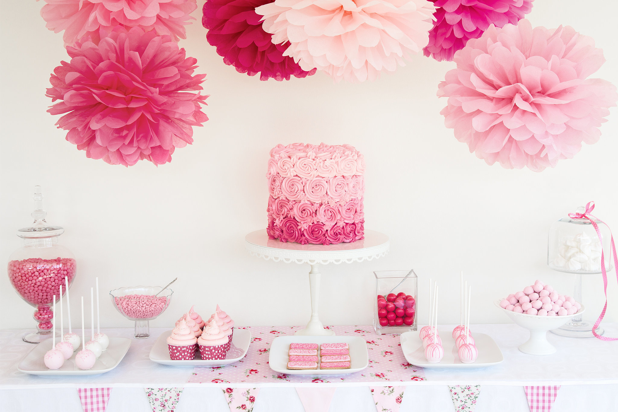 tips for throwing a baby shower popsugar moms