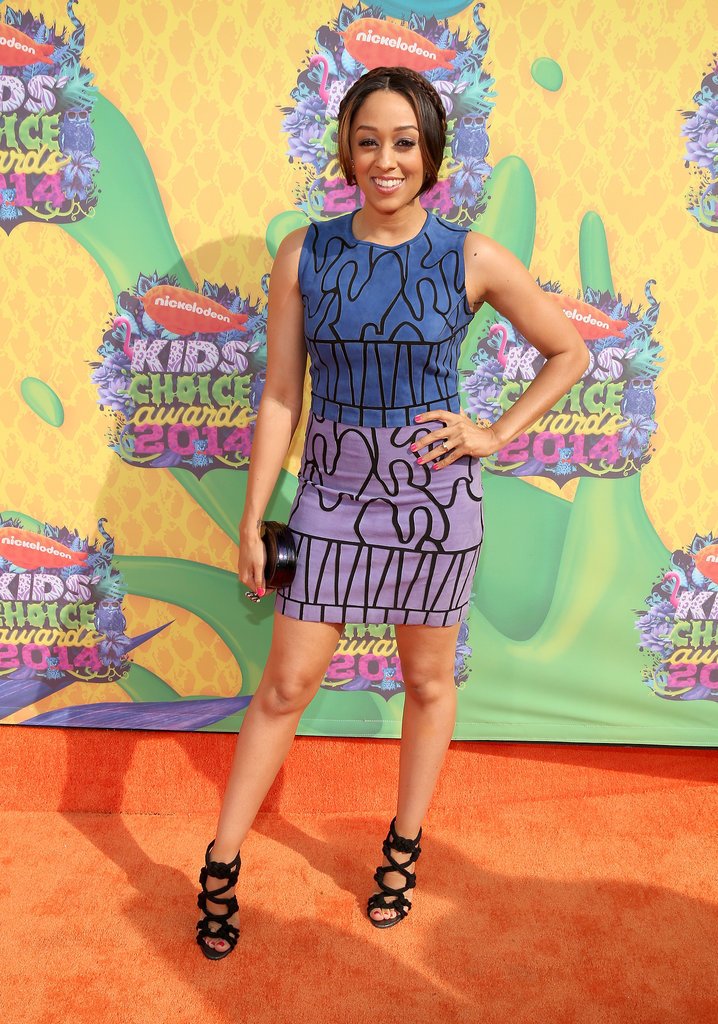 Tia Mowry wore a patterned dress.