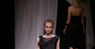 Paris Fashion Week: Anne Valérie Hash Spring 2009