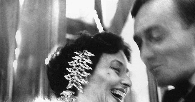 Dorian Leigh, Schiaparelli rhinestones, photograph by Richard Avedon, 