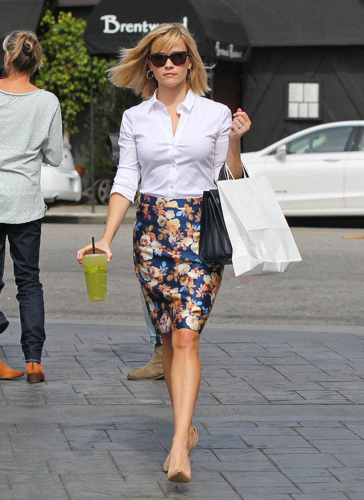 Reese Witherspoon in Floral J.Crew Pencil Skirt