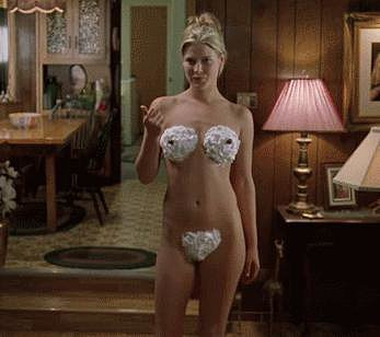 Ali Larter Showed You a New Use For Whipped Cream