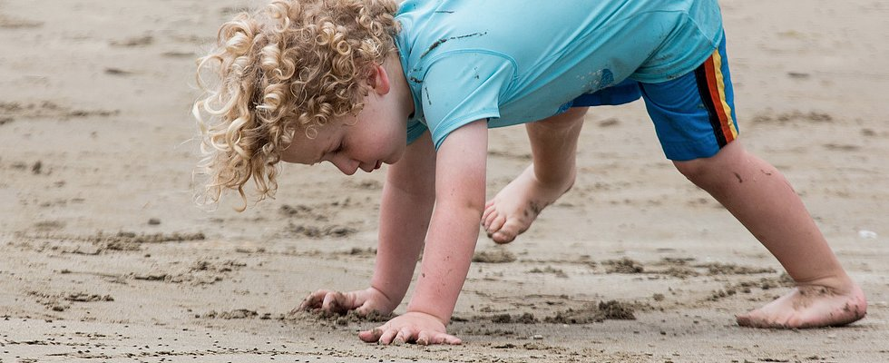 To the Beach! 13 Tips on Taking Young Children Along