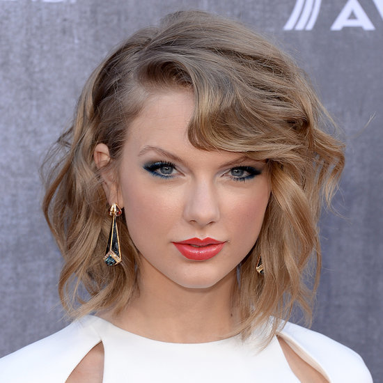 Copy Taylor Swift's Blue Eye Makeup at Country Music Awards