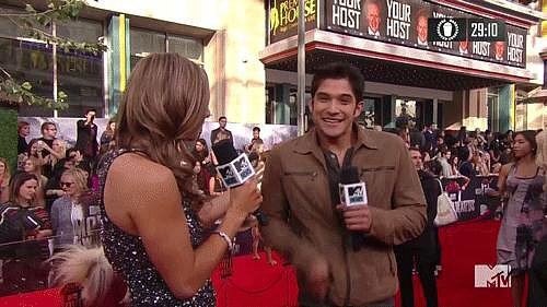 When Tyler Posey Let Loose on the Red Carpet