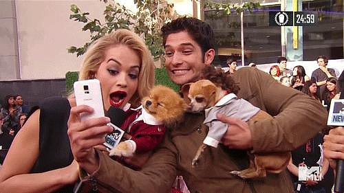 When Rita Ora Joined an Adorable Selfie