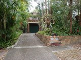 Houzz Tour: Indoor-Outdoor Connections in a Renovated Noosa Duplex (17 photos)