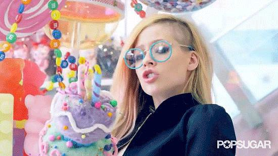 Don't Like It? Avril Doesn't Care. Look at Her Rebellious Punk-Rock Cake Tossing