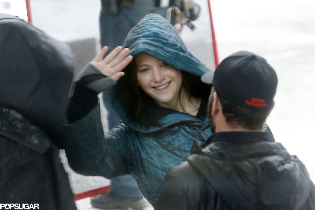 Jennifer Lawrence Reunites With Her Guys For Mockingjay