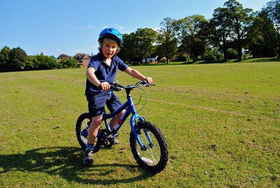 7 Ways to Keep Kids Safe on Bikes