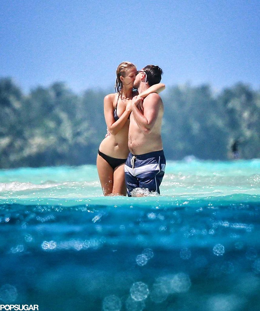 While vacationing in Bora Bora in April 2014, Leonardo DiCaprio and his model girlfriend, Toni Garrn, made out in the ocean.