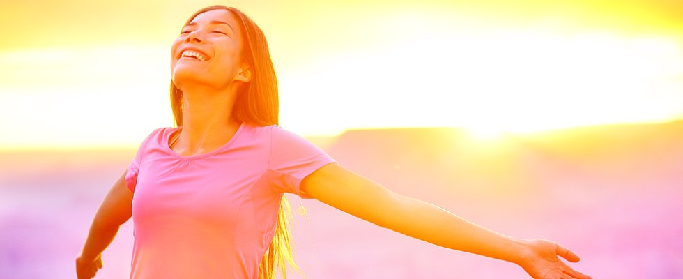 15 Things Incredibly Happy People Do
