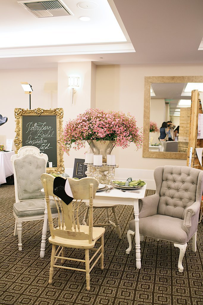 Pottery Barn had a comfy, neutral setup. Photo by Ettevy Photography