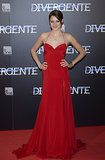 Shailene Woodley in Donna Karan Atelier at the 2014 Divergent Madrid Premiere