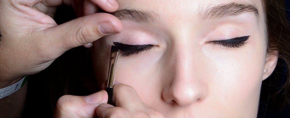 10 Ways to Get Gorgeous Eyes on a Supertight Budget