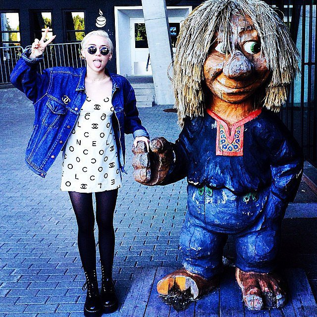 Miley Cyrus found a new friend. Source: Instagram user mileycyrus