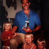 """January Jones paid tribute to the """"best guy I know"""" with a flashback family moment.  Source: Instagram user januaryjones"""