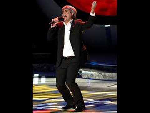 """Do I Make You Proud"" by Taylor Hicks"