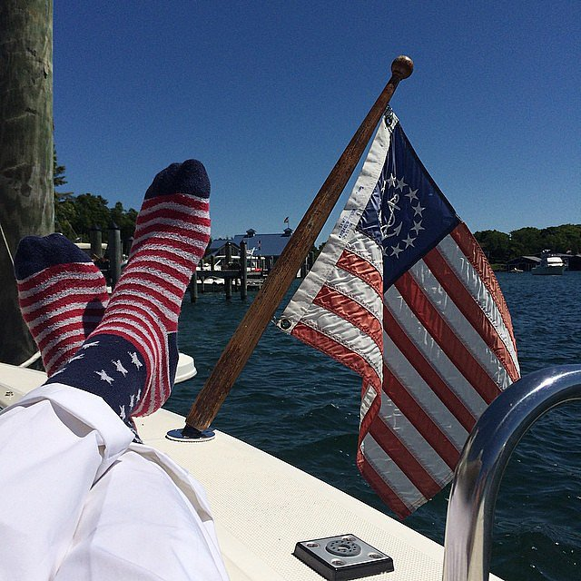 Singer Mayer Hawthorne kicked his feet up on a boat. Source: Instagram user mayerhawthorne