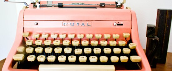 Pretty In Pink Vintage Typewriter Is the Real Deal