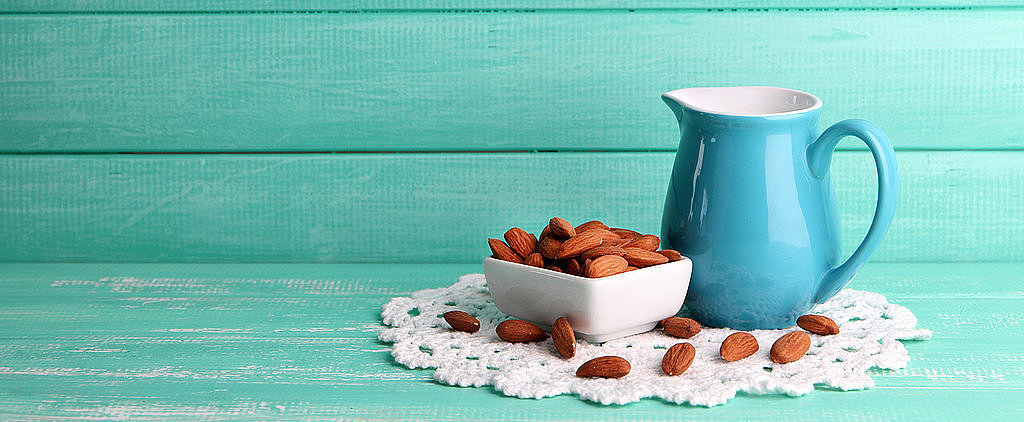 DIY: Homemade Almond Milk