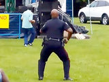 Toronto Cop Loves Dancing to Reggae Band (VIDEO)
