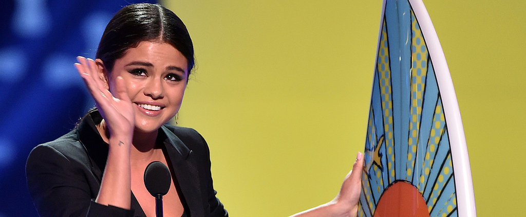 """Selena Gomez Gets Emotional About Her """"Personal Stuff"""" at the Teen Choice Awards"""