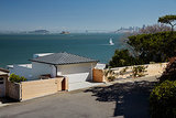 An Award-Winning Landscape Embraces Bay Views (14 photos)