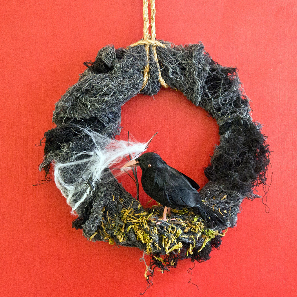 Diy halloween wreath - Diy Halloween Nevermore Wreath Popsugar Smart Living