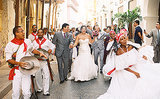 A Destination Wedding With Tons of Festive Colombian Flair