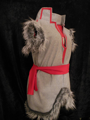 Another option for the young Kristoff fan is this handmade fleece and faux fur costume ($65+), which is made to order.