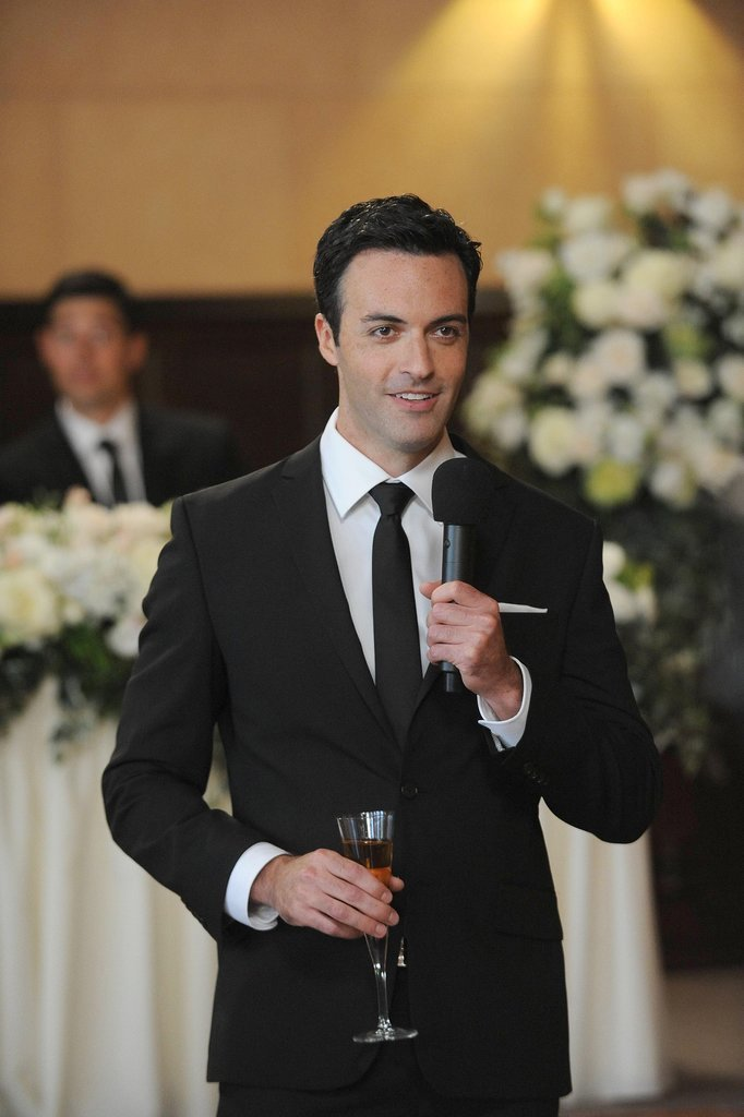 Reid Scott does make a pretty good-looking best man.