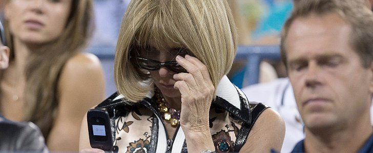 Anna Wintour Uses a Flip Phone, Because She Does What She Wants