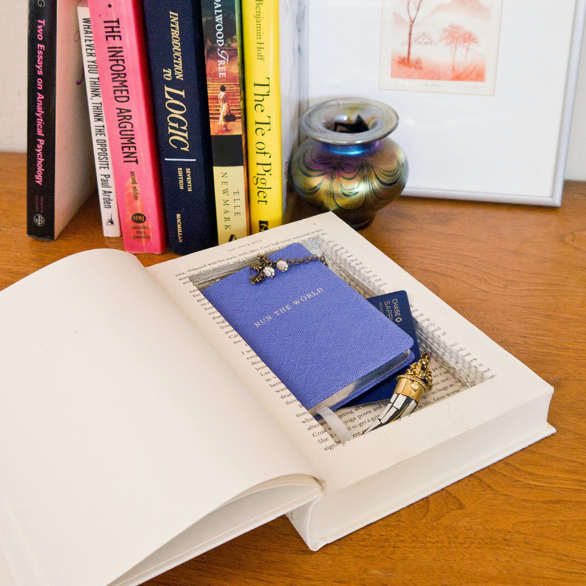 Diy stash book popsugar smart living for Birthday gifts for travel lovers