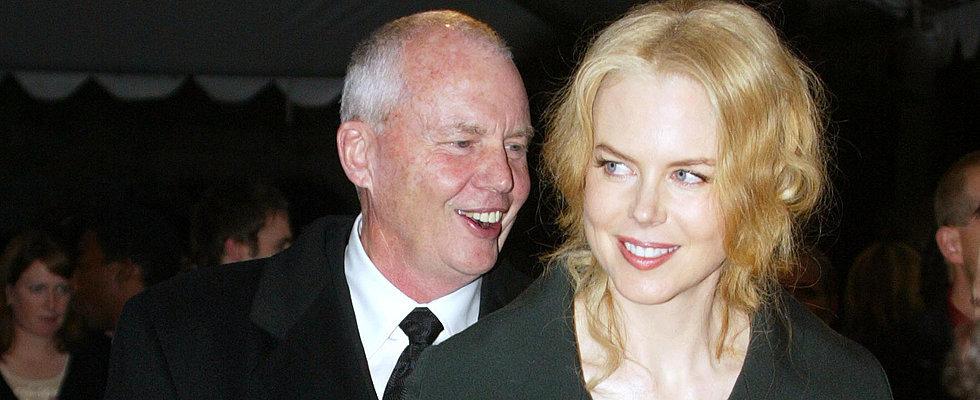 "Nicole Kidman ""In Shock"" After Sudden Death of Beloved Father"