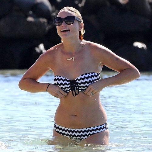 Miranda Lambert Bikini Pictures in Hawaii