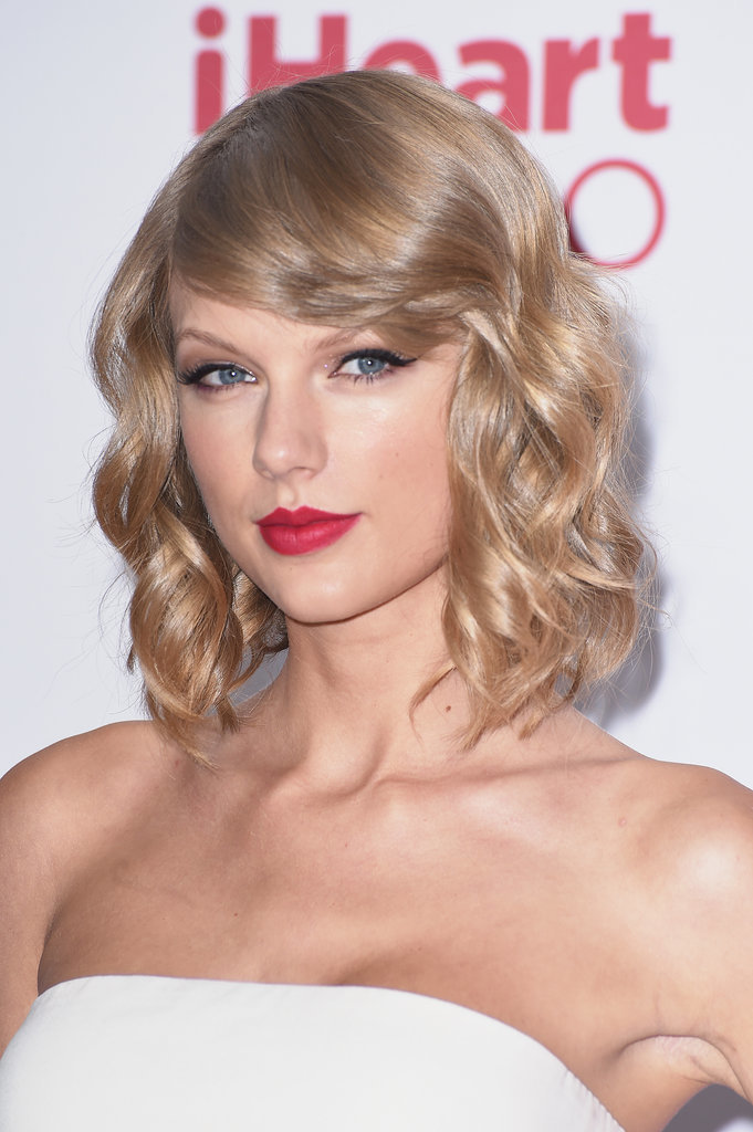 Taylor Swift s Best Hair and Makeup Looks