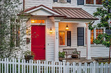 10 Ways to Bring Charm to Your Home's Exterior (9 photos)