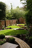 Unify Your Garden With a Common Thread (12 photos)