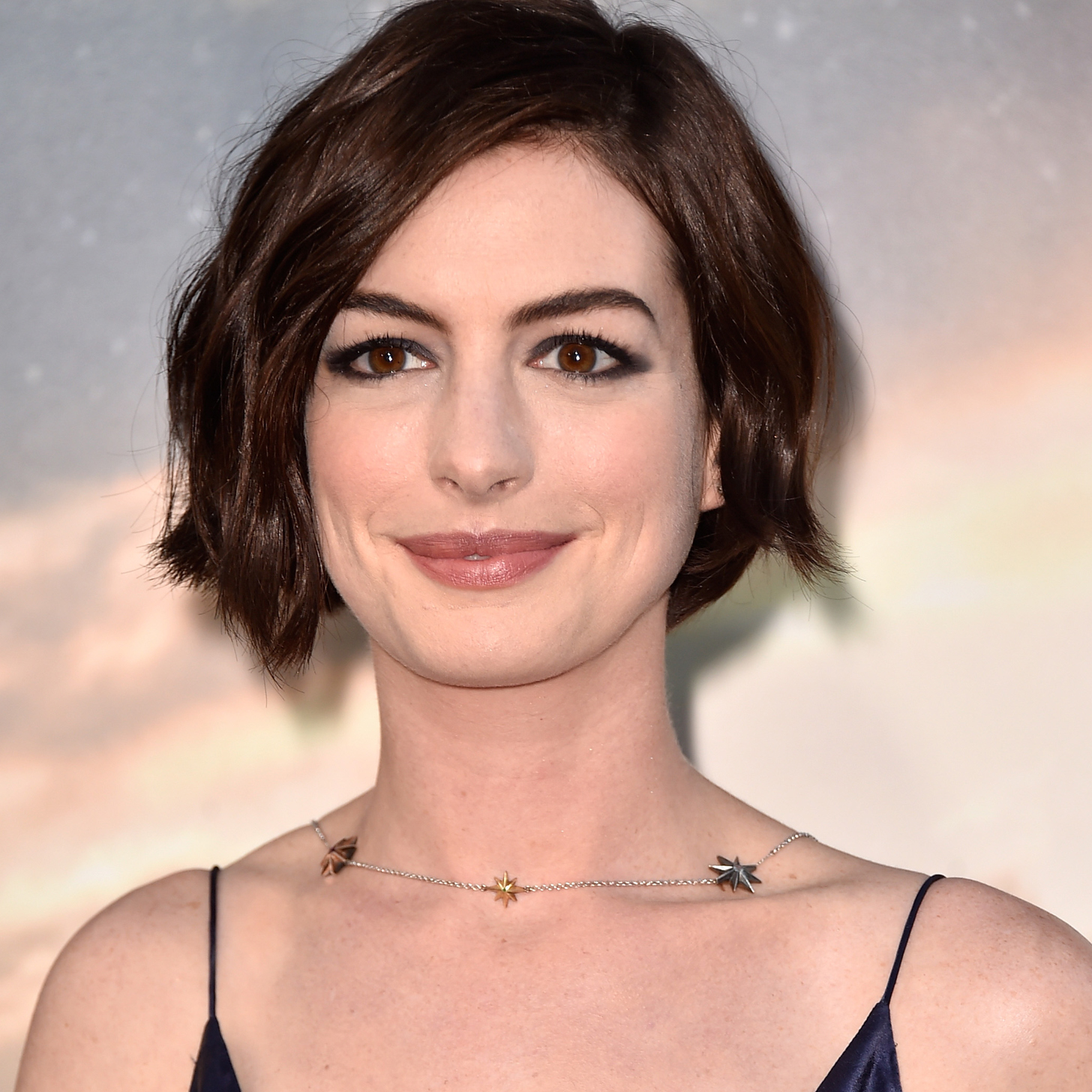 Galleries Related: Anne Hathaway Husband , Michael Hathaway , - Anne-Hathaway-Interstellar-Interview-Video