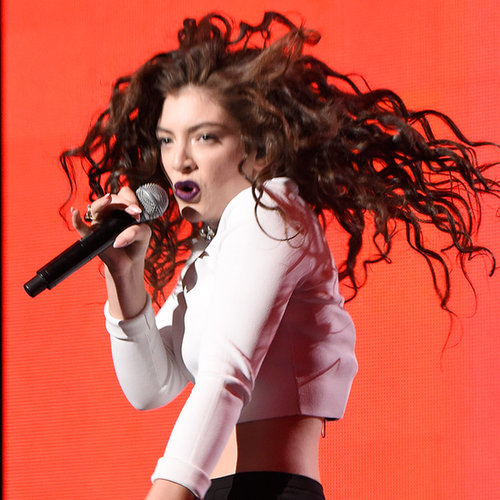 Lorde Dancing at the American Music Awards 2014 | GIFs