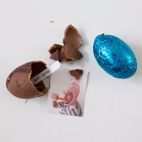 DIY Easter Eggs With Picture Inside