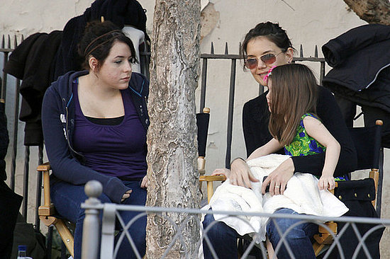 Suri and Bella visit dad Tom Cruise on set