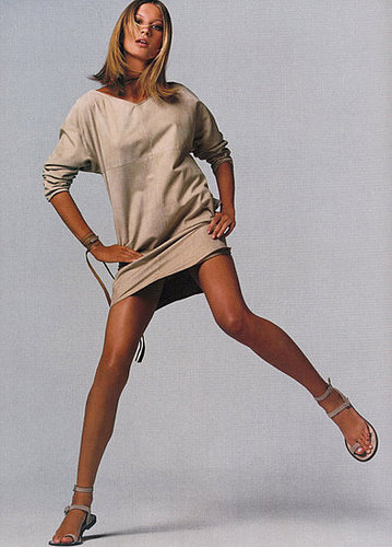 Old School Gisele - Khaki cravings, tan limbs, great haircut!