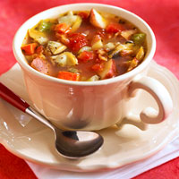 Fast and Easy Recipe for  Manhattan-Style Clam Chowder