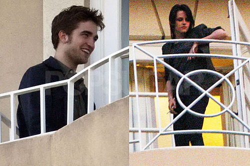 Photos of Robert Pattinson and Kristen Stewart Smoking During Their New Moon Press Weekend