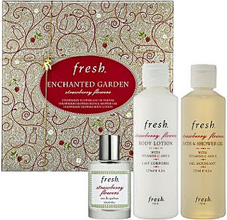 Monday Giveaway! Win Fresh Enchanted Garden Strawberry Flowers Set