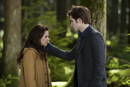 Review of Robert Pattinson and Kristen Stewart in New Moon