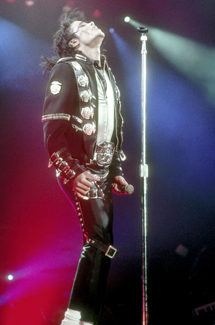 Michael Jackson's Death and Career Make Headlines in 2009