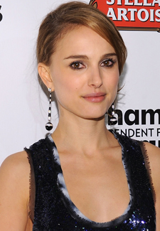 Natalie Portman Signs On to Star and Produce in Film Adaptation of Pride and Prejudice and Zombies
